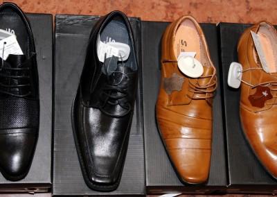 Ázsia Kincse Áruház férficipő